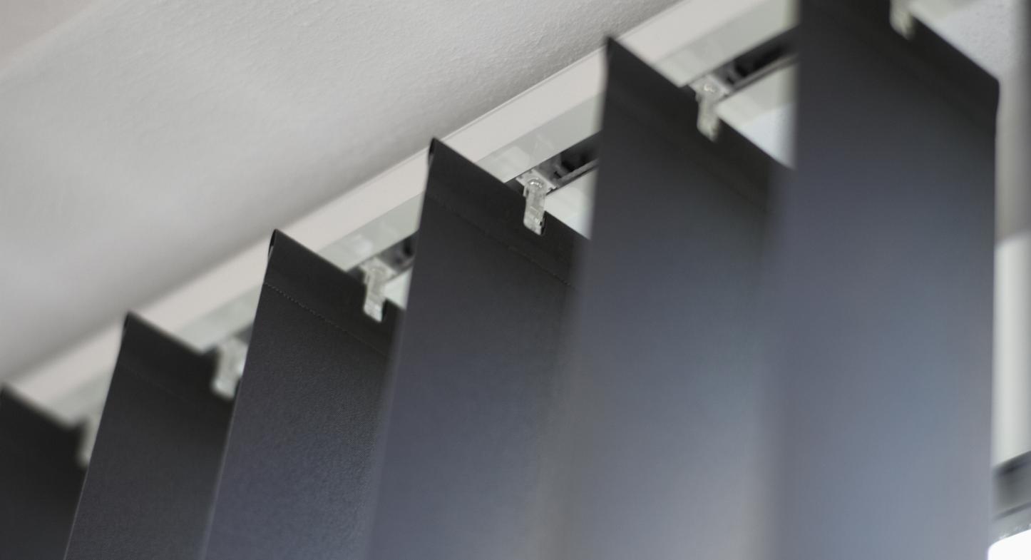 Hardware en cortinas verticales for Novedades en cortinas
